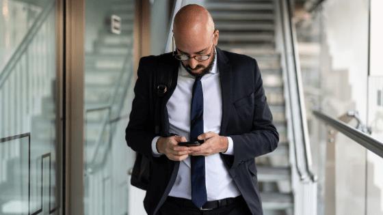 Distinguer ce qui est important - Unique coaching - homme d'affaires occupé
